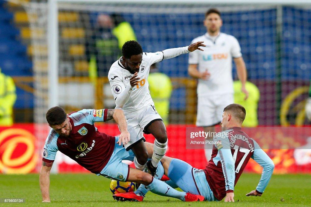 Burnley v Swansea City - Premier League : News Photo