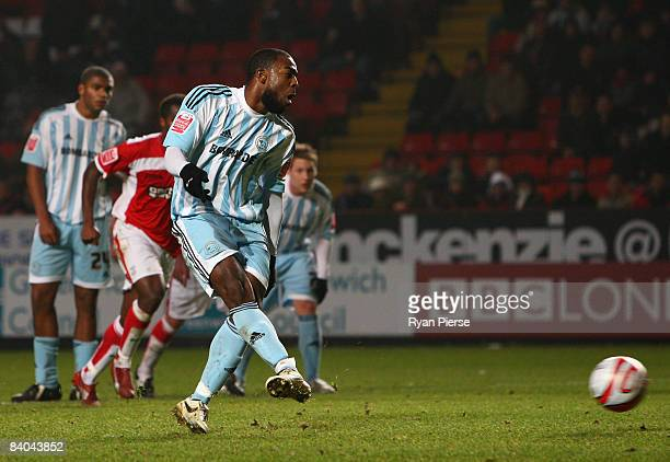 Nathan Ellington of Derby scores his team's first goal during the Coca Cola Championship match between Charlton Athletic and Derby County at The...