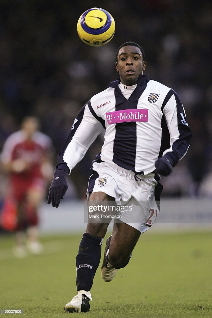 Nathan Ellington of West Bromwich Albion in action during the Barclays Premiership match between West Bromwich Albion and Fulham on December 3, 2005 at the Hawthorns, England.