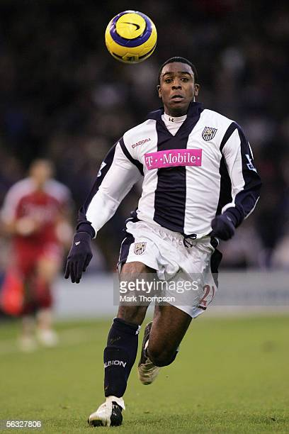 Nathan Ellington of West Bromwich Albion in action during the Barclays Premiership match between West Bromwich Albion and Fulham on December 3 2005...