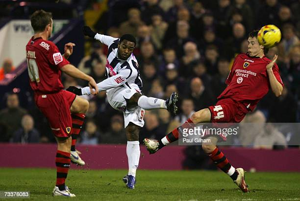 Nathan Ellington of West Bromwich Albion scores the first goal for West Bromwich Albion during the Coca-Cola Championship match between West Bromwich...