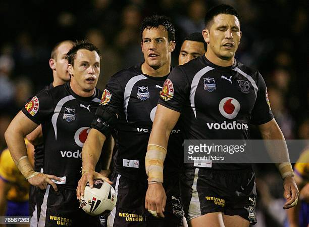 Nathan Fien Logan Swann and Steve Price of the Warriors look on during the NRL qualifying final match between the Warriors and the Parramatta Eels at...