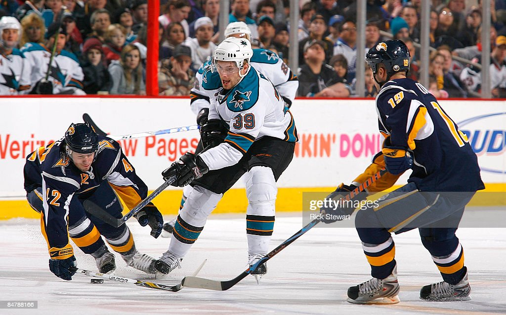 San Jose Sharks v Buffalo Sabres : News Photo