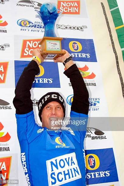 Nathan Hedge of Australia celebrates his third place finish at the Nova Schin Festival on November 8 2005 in Imbituba Brazil