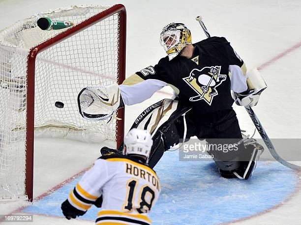 Nathan Horton of the Boston Bruins scores a goal on Tomas Vokoun of the Pittsburgh Penguins in the third period during Game One of the Eastern...