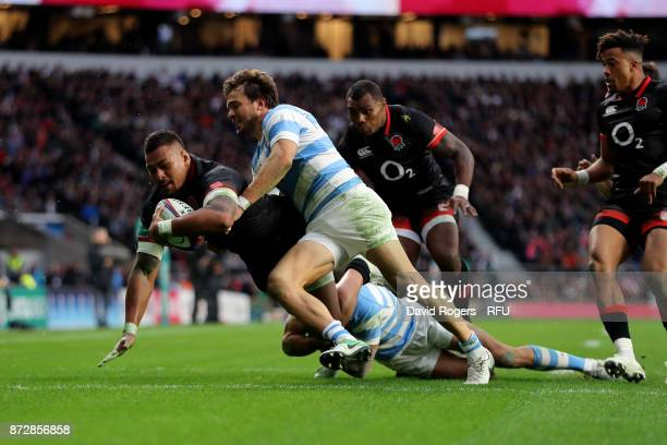Nathan Hughes of England touches down for the first try during the Old Mutual Wealth Series match between England and Argentina at Twickenham Stadium...