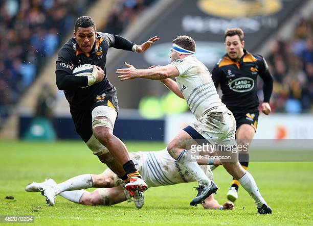 Nathan Hughes of Wasps takes possesion during the European Rugby Champions Cup game between Wasps and Leinster Rugby at The Ricoh Arena on January 24...