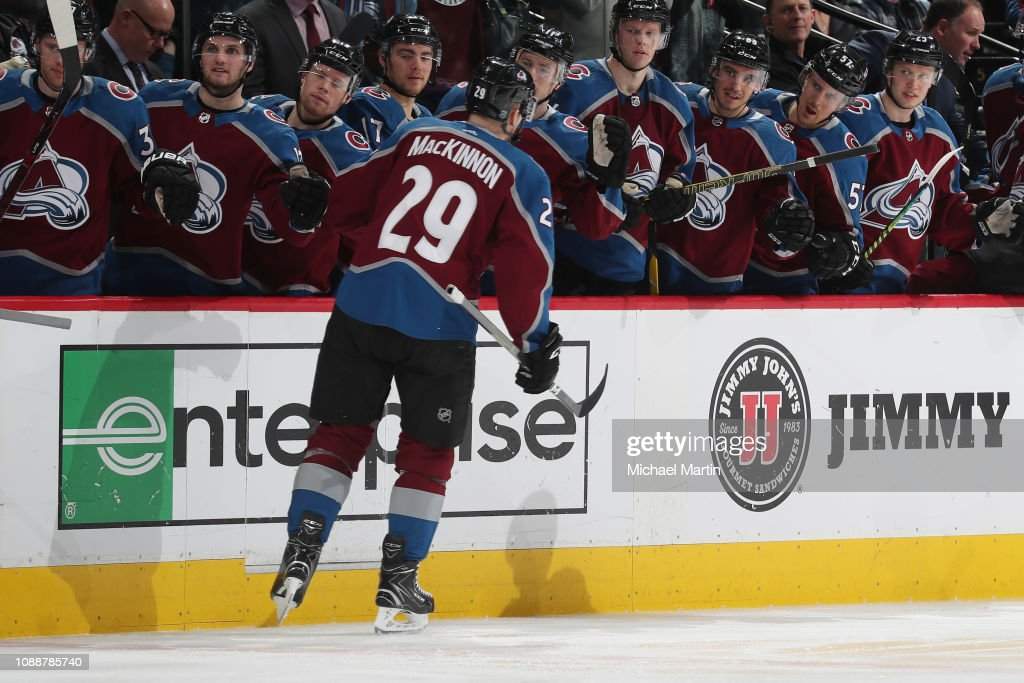 Los Angeles Kings v Colorado Avalanche : News Photo