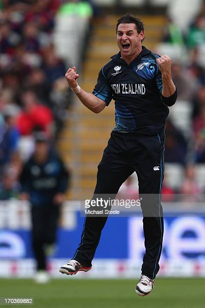Nathan McCullum of New Zealand celebrates trapping Matthew Wade of Australia during the ICC Champions Trophy Group A match between Australia and New...