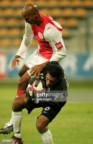 Nathan Paulse clashes with Shu Aib Walters during the PSL match between Ajax Cape Town and Bloemfontein Celtic on February 2 2007 at Athlone Stadium...