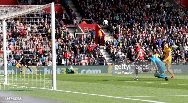 Nathan Redmond of Southampton scores his second of the game to put his team 2-1 up during the Premier League match between Southampton FC and...