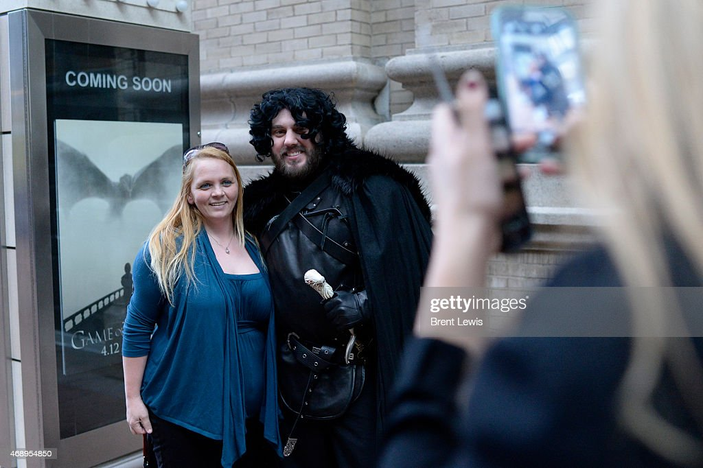DRESSING FOR THE GAME OF THRONES : News Photo