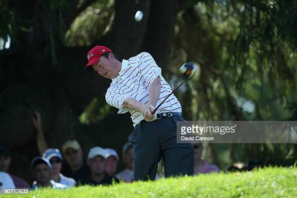 Nathan Smith of the USA tees off at the 4th hole during the final afternoon singles matches on the East Course at Merion Golf Club on September 13,...