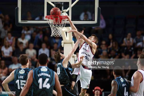 Nathan Sobey of the 36ers attempts an alleyoop against Tom Abercrombie of the Breakers during the round 10 NBL match between the New Zealand Breakers...