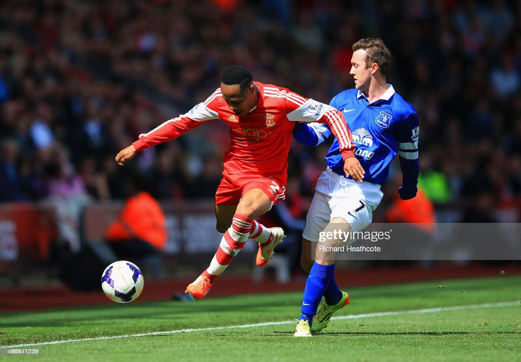 Nathaniel Clyne of Southampton controls the ball under pressure from Aidan McGeady of Everton during the Barclays Premier League match between Southampton and Everton at St Mary's Stadium on April 26, 2014 in Southampton, England.