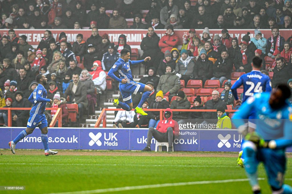 Nottingham Forest v Cardiff City - Sky Bet Championship : Fotografía de noticias