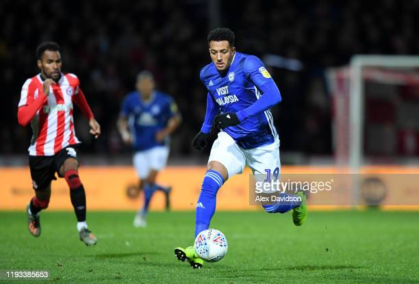 Nathaniel MendezLaing of Cardiff City makes a break during the Sky Bet Championship match between Brentford and Cardiff City at Griffin Park on...