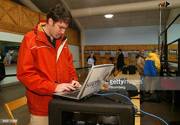 Nathon Naylor an entrepreneur who has been hired by the Dean campaign to provide his Soapbox portable wi fi and steaming video system is seen at a...