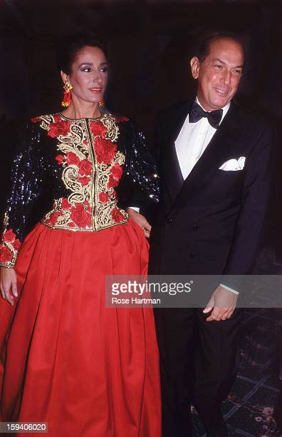 Nati Abascal and Oscar de la Renta at the Spanish Institute gala at the Plaza Hotel New York New York 1985