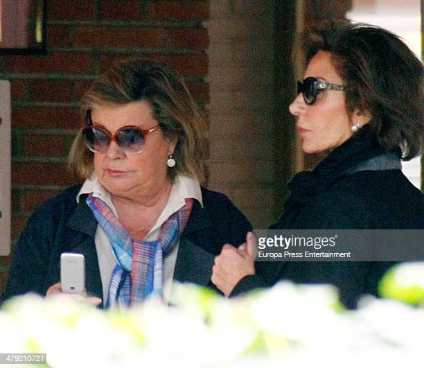 Nati Abascal expresses her condolences to Marichalar family on March 14 2014 in Madrid Spain Princess Elena of Spain's ex motherinlaw Count of...