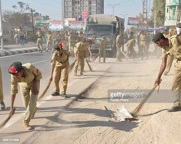 National Cadet Corps take part in an awareness to Swachh Bharat Abhiyan in Bikaner