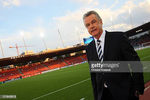 National coach Ottmar Hitzfeld of Switzerland looks on prior to the UEFA Champions League playoff second leg match between FC Zuerich and FC Bayern...