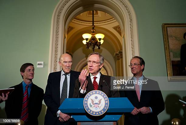 National Commission on Fiscal Responsibility and Reform Executive Director Bruce Reed far left and CoChairs Alan Simpson and Erskine Bowles right...