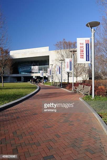 national constitution center in philadelphia - national constitution center stock pictures, royalty-free photos & images