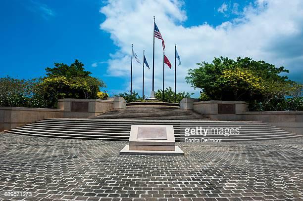 national flags in american memorial park, saipan, northern marianas - 北マリアナ諸島 ストックフォトと画像