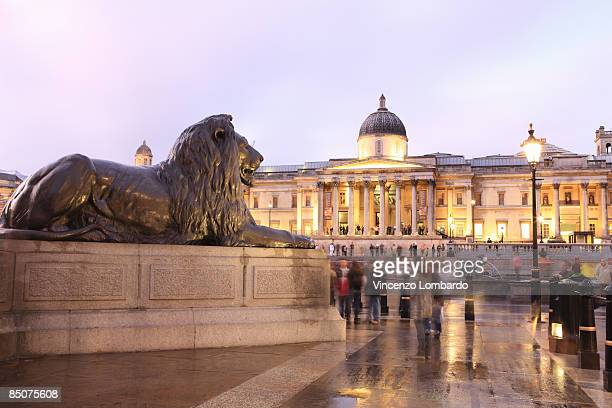 national gallery at dusk, london, england, united - national gallery london stock pictures, royalty-free photos & images