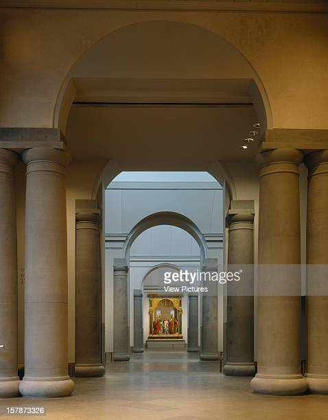 National Gallery London United Kingdom Architect Venturi Scott Brown And Assoc National Gallery Interior Of The New Sainsbury Wing