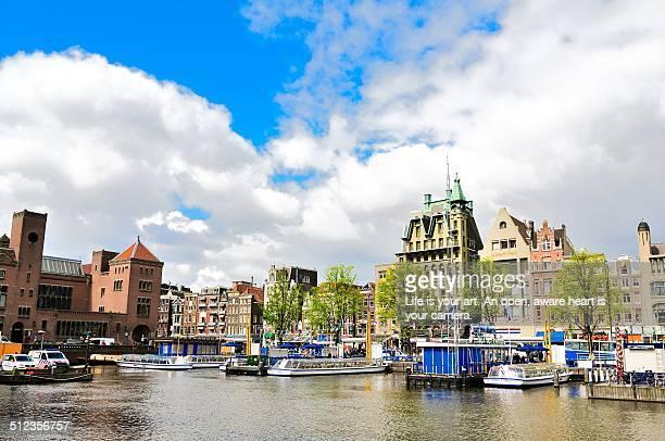 national holiday in amsterdam - オランダ 王の日 ストックフォトと画像