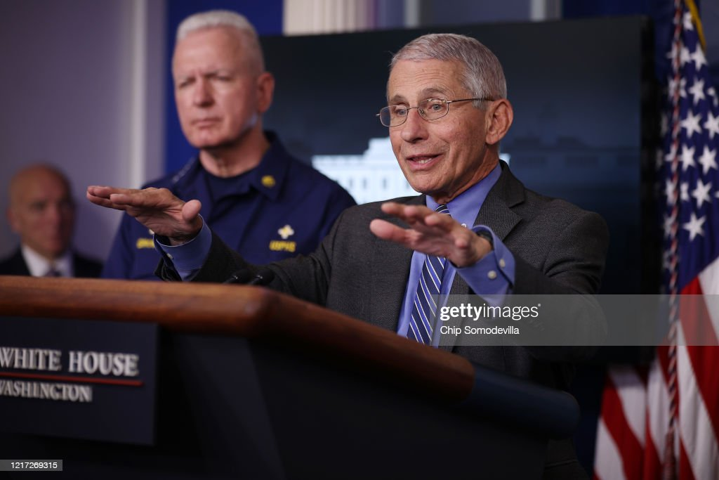 White House Coronavirus Task Force Holds Daily Briefing At The White House : Nieuwsfoto's