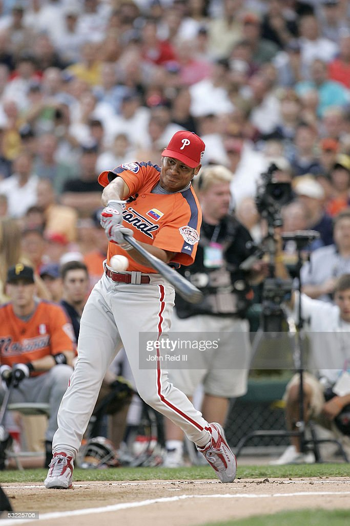 National League All-Star Bobby Abreu of the Philadelphia Phillies hits during the 2005 Major League Baseball Home Run Derby on July 11, 2005 at Comerica Park in Detroit, Michigan.