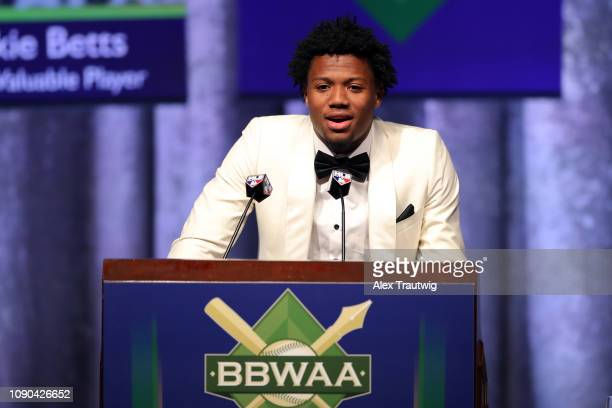 National League Jackie Robinson Rookie of the year Ronald Acuña Jr of the Atlanta Braves speaks during the 2019 Baseball Writers' Association of...