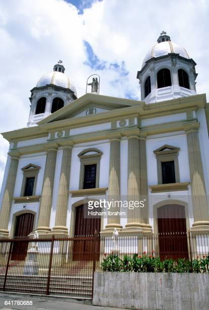 national pantheon, caracas, venezuela - simon bolivar fotografías e imágenes de stock