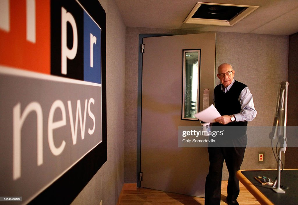 NPR Newscaster Carl Kasell Dies At 84