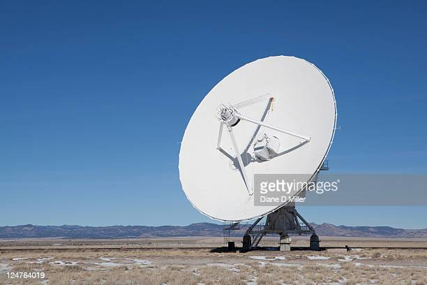 national radio astronomy observatory, radio telescope, new mexico, usa - satellite dish stock pictures, royalty-free photos & images