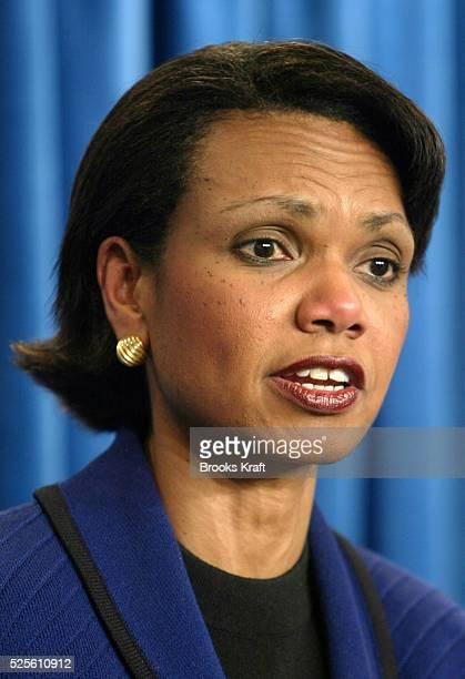 National Security Advisor Condoleezza Rice briefs the press before President Bush's trip to Latin America