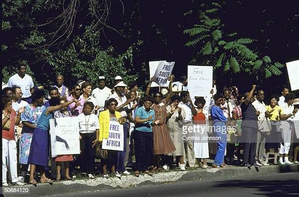 National Urban League antiapartheid demonstration in front of South African embassy