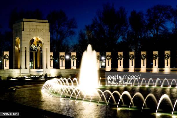 national world war ii memorial - national world war ii memorial stock pictures, royalty-free photos & images