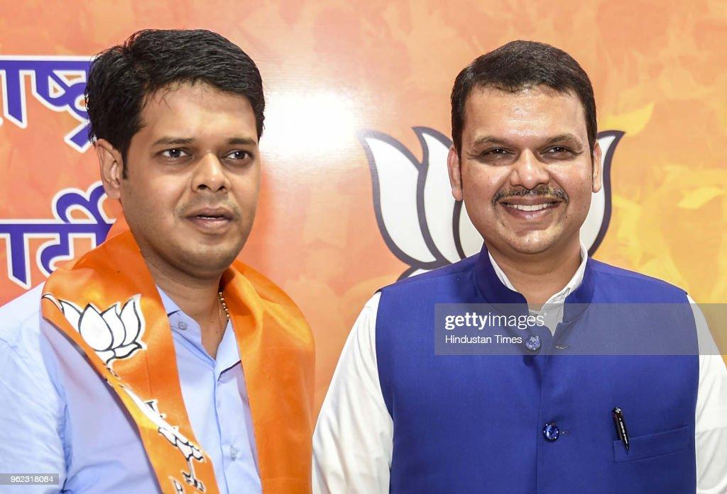 Nationalist Congress Party Leader Niranjan Davkhare Joins BJP