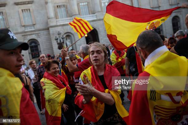 Nationalist supporters gather outside the Catalan Government building the Palau de la Generalitat following a prounity protest on October 29 2017 in...