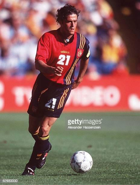 FUSSBALL Nationalmannschaft 1997/Team SPANIEN/ 150696 Martinea Luis ENRIQUE/ESP EINZELAKTION