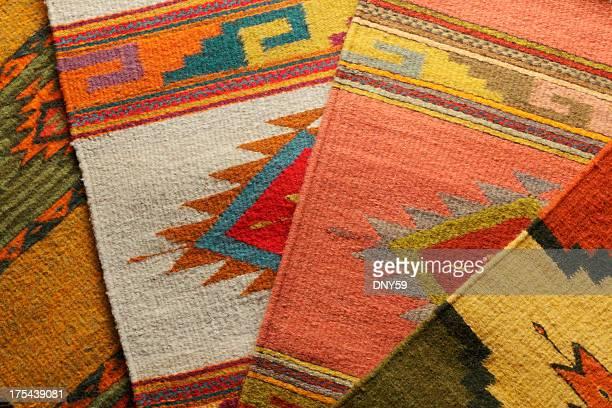 decken der amerikanischen ureinwohner - navajo kultur stock-fotos und bilder