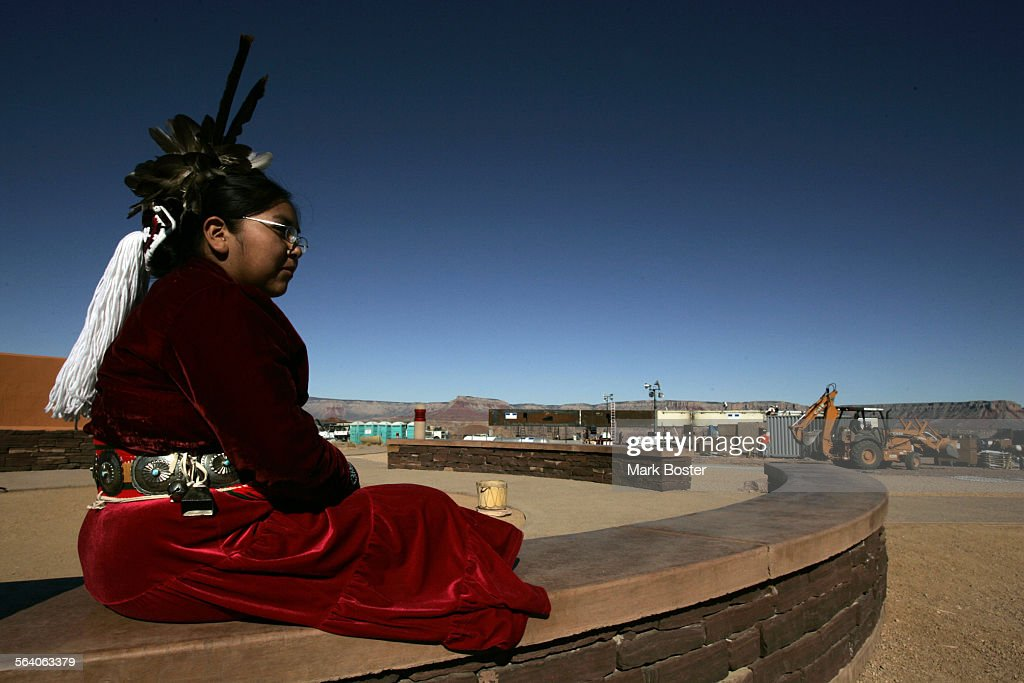 (Peach Springs,AZ)–Native American dancer Shanelle Lomakema,13, waits for tourists to arrive at the : News Photo