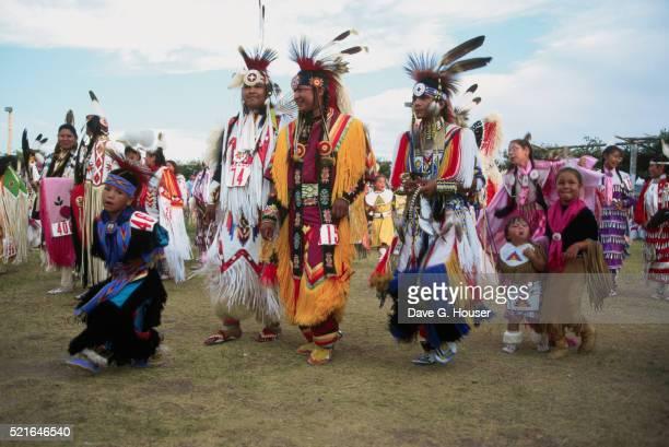native american powwow - 20世紀 ストックフォトと画像