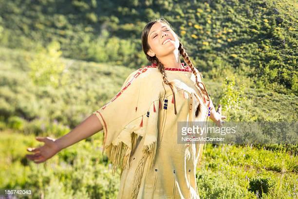 インド出身の少女ダンスには「プレーリー