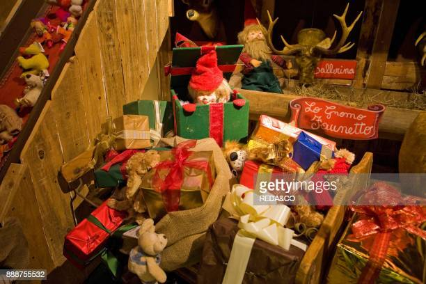 Babbo Natale Italy.60 Top Babbo Natale Pictures Photos And Images Getty Images