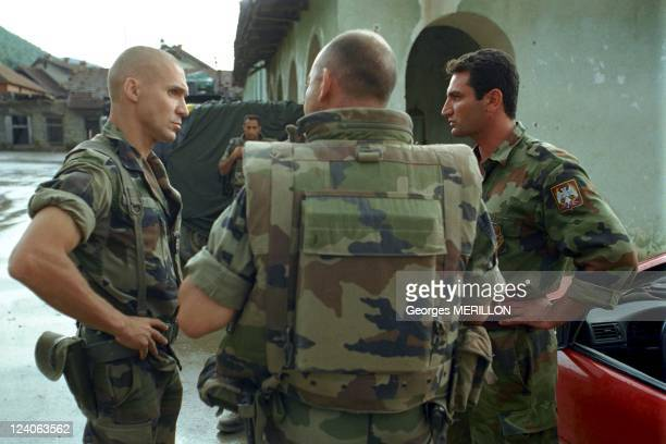 Nato troops in Kosovo In Zegra, Yugoslavia On June 12, 1999 - The first dialogue between French liaison officers and Serbian in Zegra.